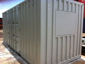 Transportable mobile workshop container side