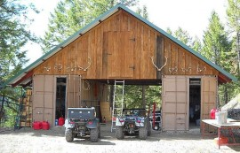 shipping-container-barn