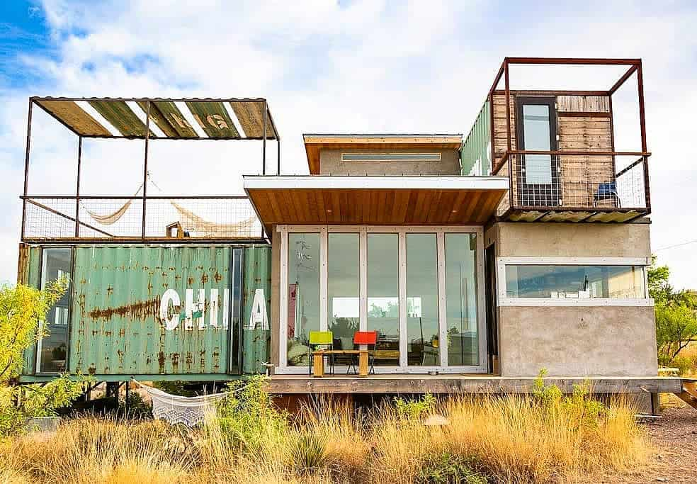 A Container Aribnb That Sits Perfectly in the Texas Wilderness