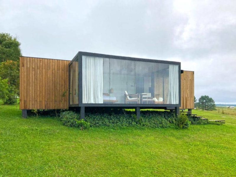 Quiet Shipping Container Architecture