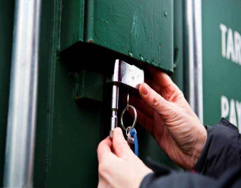 shipping-container-locks4
